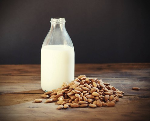 100% natural raw almond milk, without artifical sweetener or preservatives.